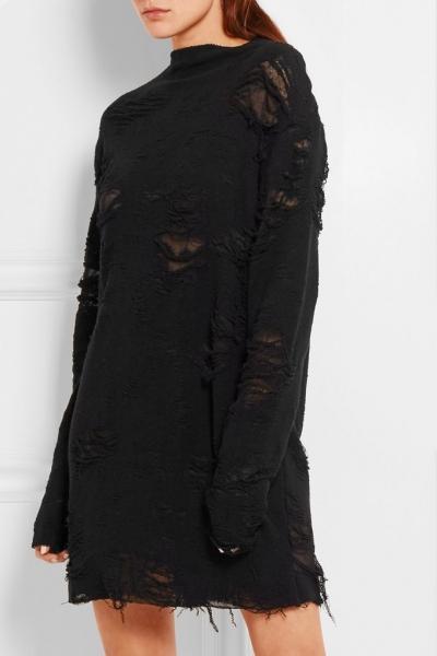 Аня Рубик в необычной фотосессии для модного бренда