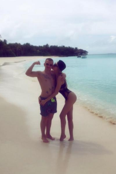 Ханна и Пашу отметили годовщину свадьбы на Мальдивах