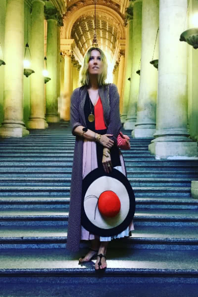 Беременная Ксения Собчак посещает святые места