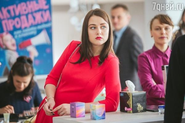 Ингрид Олеринская оставила без работы звезду клипа «На лабутенах»
