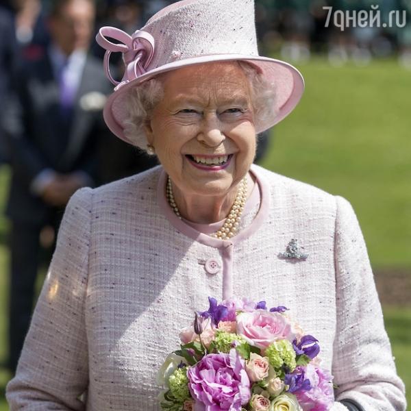 Елизавета II удивила подданых новой фотосессией