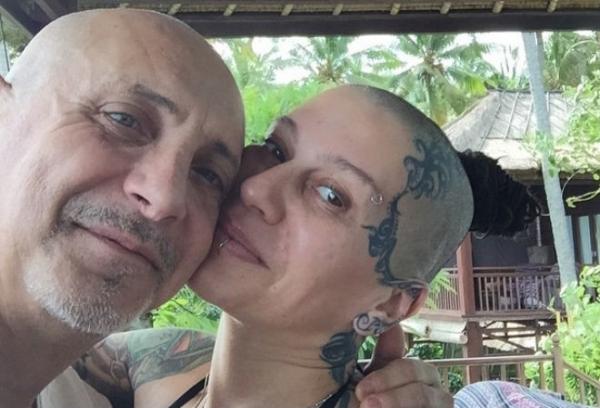 Наргиз Закирова разводится после 20 лет брака