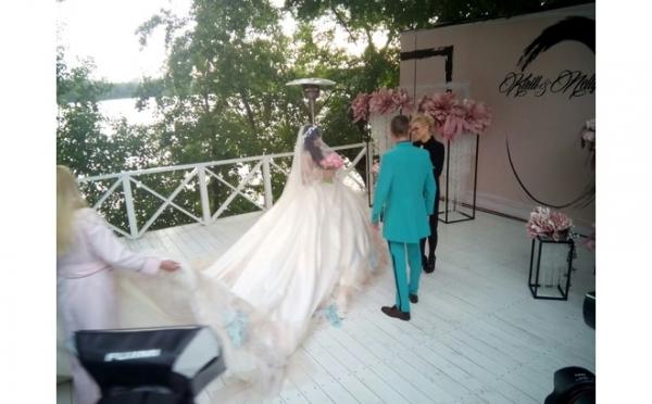 Нелли Ермолаева из «Дома-2» вышла замуж за миллионера