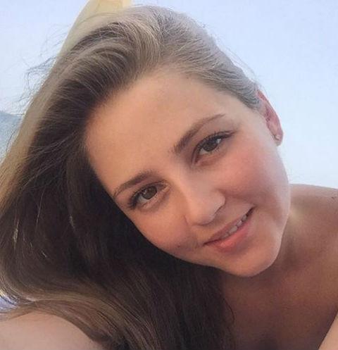 Анна Михайловская и ее супруг впервые взяли сына на отдых