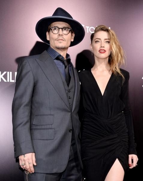 Джонни Депп призвал Эмбер Херд подписать документ о неразглашении деталей развода