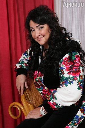 Лолита Милявская сварила варенье из мяты