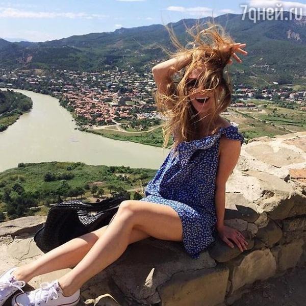 Светлана Иванова отдыхает с дочкой в Грузии