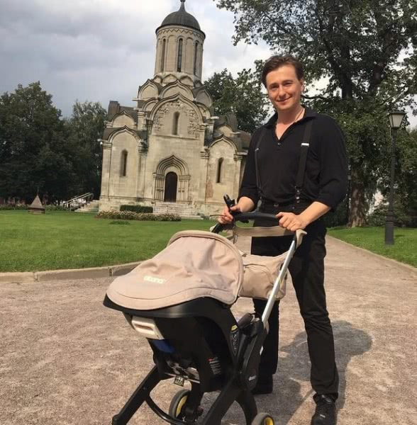 Сергей Безруков умилил читателей блога новым снимком дочки Маши
