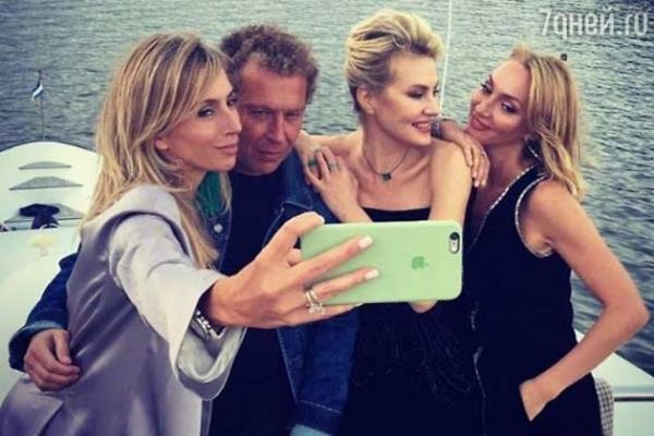 Земфира закатила вечеринку на яхте с Литвиновой и Бондарчук