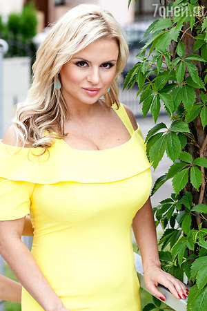 Анна Семенович смирилась со своим лишним весом