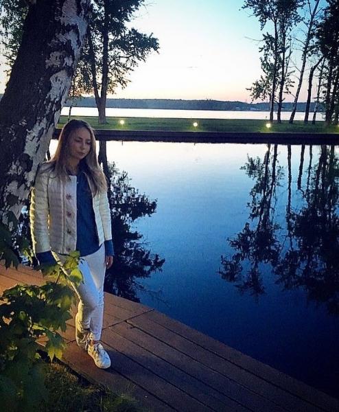 Дочка Татьяны Навки отметила выход клипа «Мною дышишь» походом на концерт Джастина Бибера