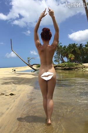 Звезда фильма «День выборов» опубликовала «голые» фото