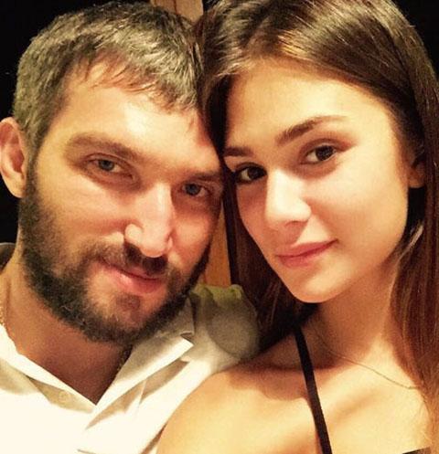 Александр Овечкин и Анастасия Шубская поделились первым свадебным фото