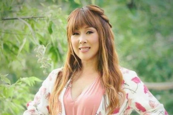 Анита Цой изменила своим привычкам
