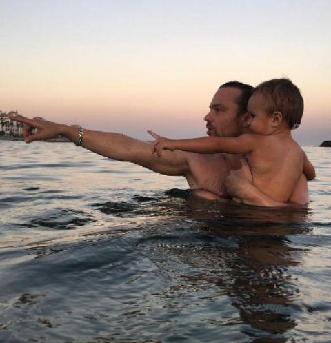 Алексей Чадов забрал сына в Европу
