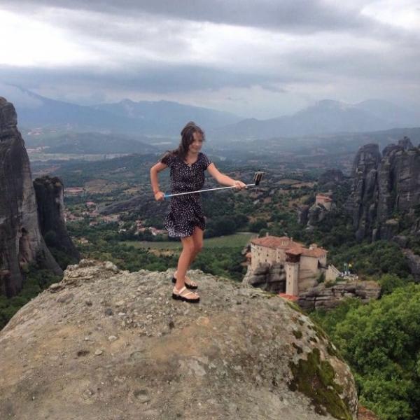 Дочь Волочковой рисковала жизнью ради селфи