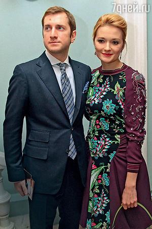 Анна Михалкова признала, что в браке ее младшей сестры не все гладко