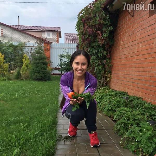 Звезда «Уральских пельменей» Илана Юрьева рассказала о любимом виде фитнеса