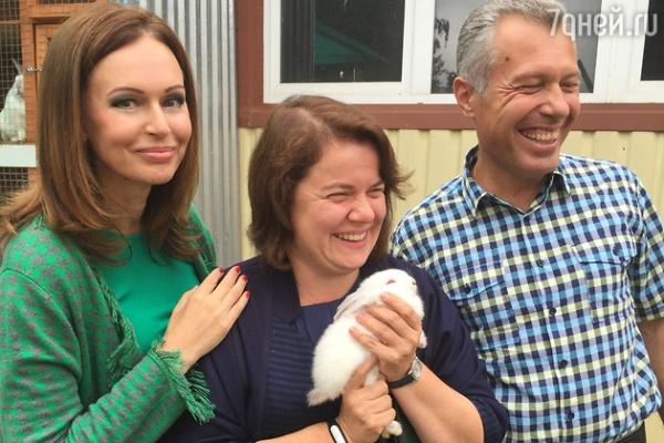Ирина Безрукова помогла открыть кинотеатр в Подмосковье