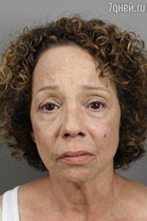 Родная сестра Мэрайи Кэри арестована за проституцию