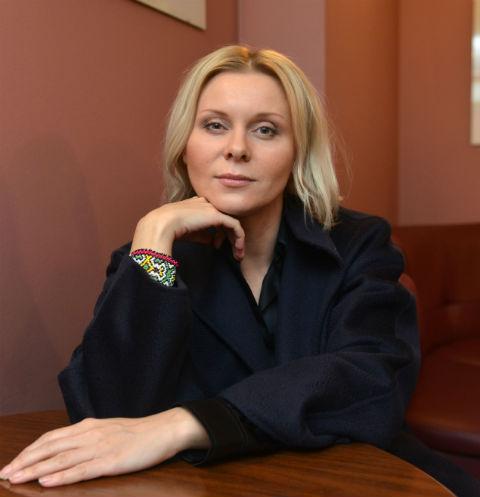 Актриса Яна Троянова рассказала о трагических потерях