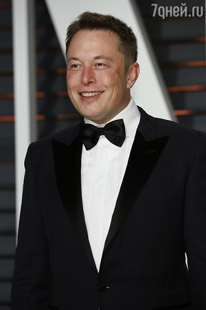 Миллиардер Илон Маск три года пытался отбить Эмбер Херд у Джонни Деппа