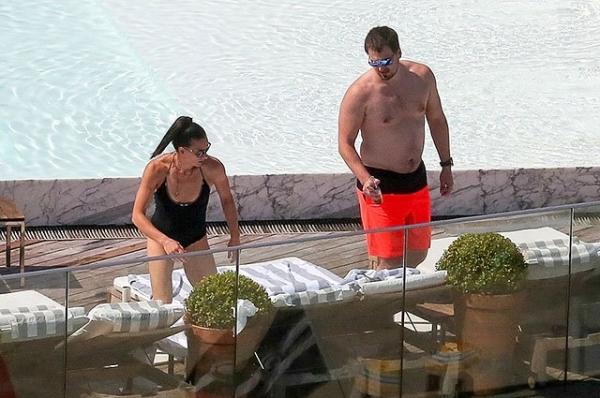 В сеть попали пляжные фото Елены Исинбаевой и её супруга в Рио