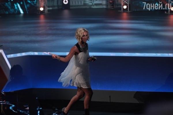 Видео: Ольга Бузова устроила скандал на шоу «Танцы»