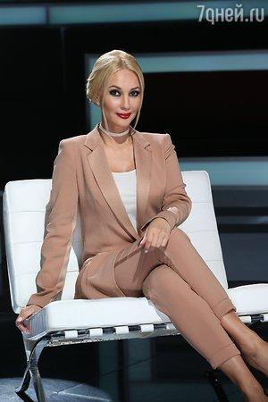 Лера Кудрявцева покупает секреты звёзд за 1,5 миллиона рублей