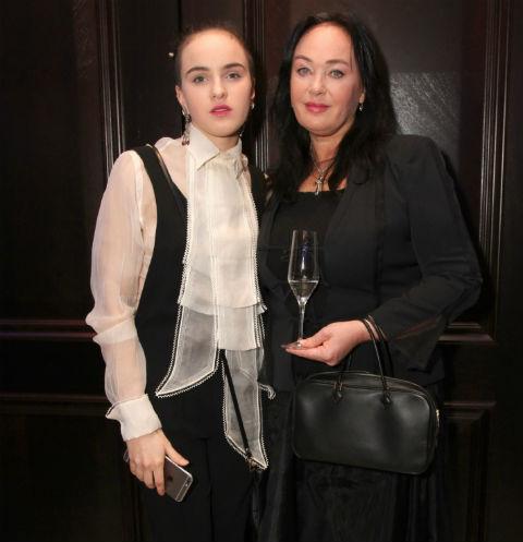 Поклонники Ларисы Гузеевой восхищены фигурой ее дочери