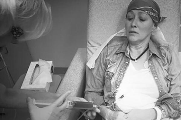 Шеннон Доэрти показала, как проходит химиотерапию