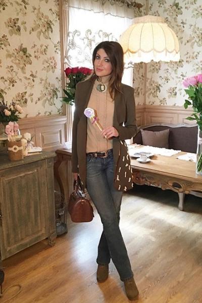 После развода Макеева стала дизайнером одежды