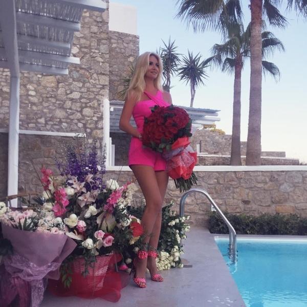 Виктория Лопырёва показала пикантное видео, сделанное в День Рождения