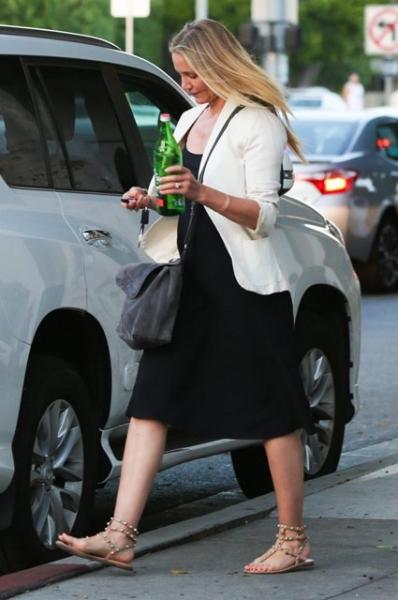 Кэмерон Диас прогулялась по Голливуду без макияжа