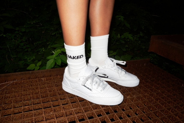 Мода 90-х: Reebok выпустил необычные кроссовки на осень