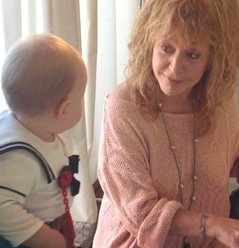 Алла Пугачева учит дочь Игоря Николаева музыке