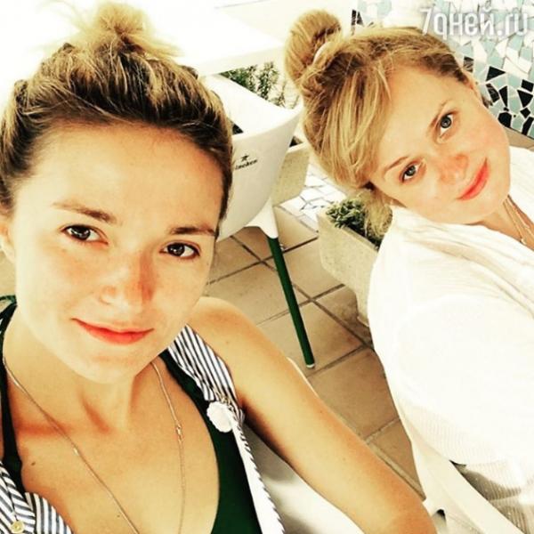 Сестры Михалковы похвастались естественной красотой