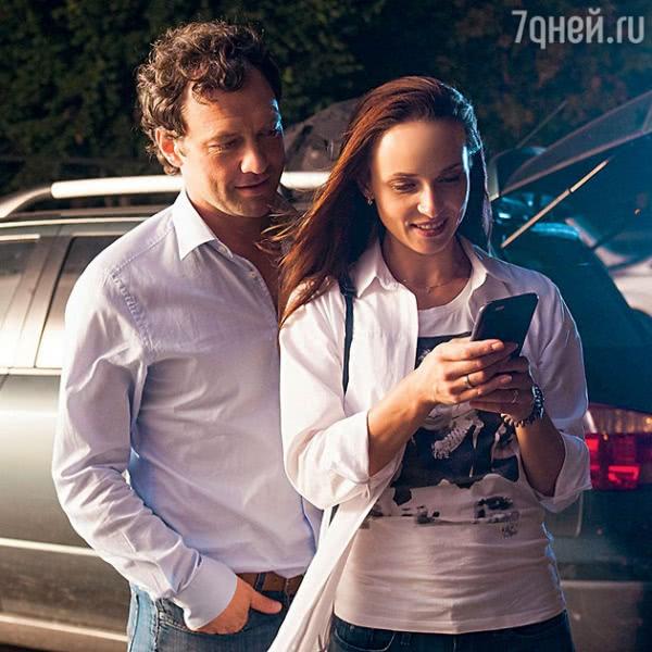 Анна Снаткина устроила мужу свидание на съемках