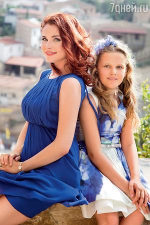 Вуличенко приучила дочь к чтению