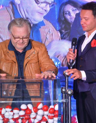 Юрий Антонов поразил новым имиджем