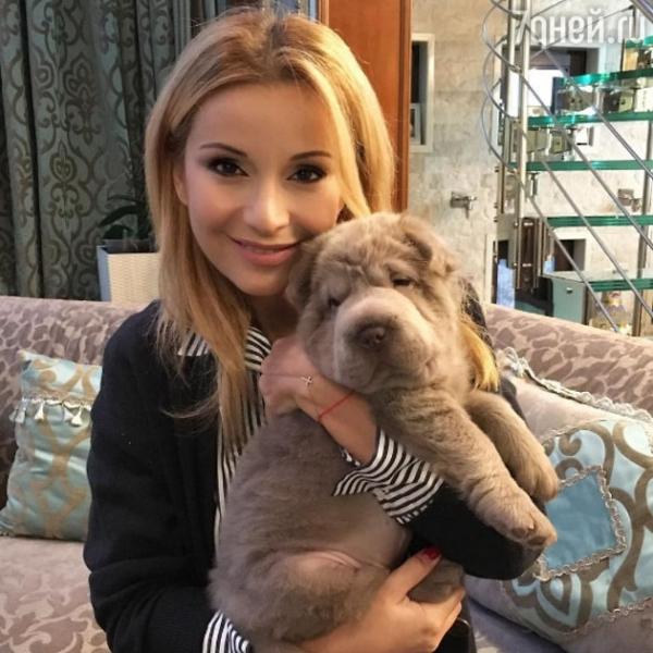 Ольга Орлова разругалась с фанатами из-за появления в её семье малыша