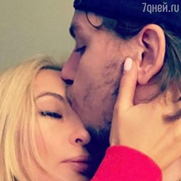 У Леры Кудрявцевой возникли серьезные трудности в отношениях с мужем