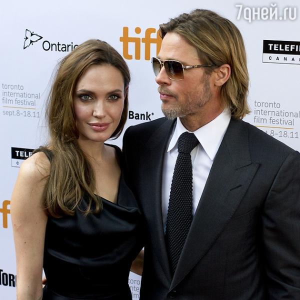 Официально! Анджелина Джоли и Брэд Питт разводятся!