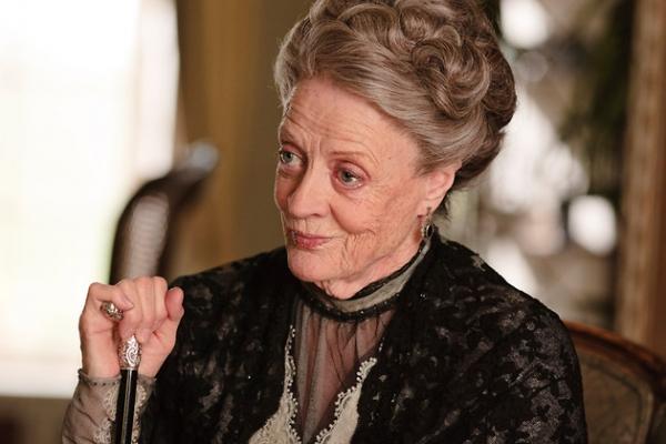Мэгги Смит предложили забрать свою «Эмми» в «Бюро находок»
