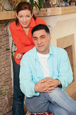 Алена Хмельницкая рассказала, как общается с новой женой Кеосаяна