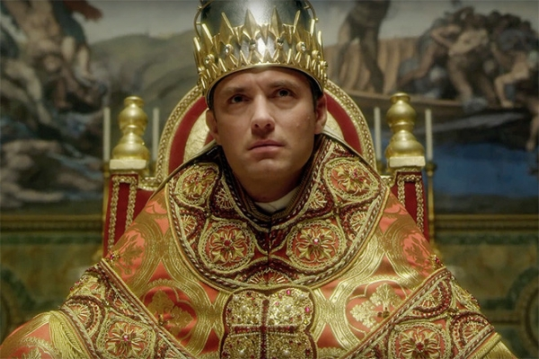 Армани сшил наряды для папы римского