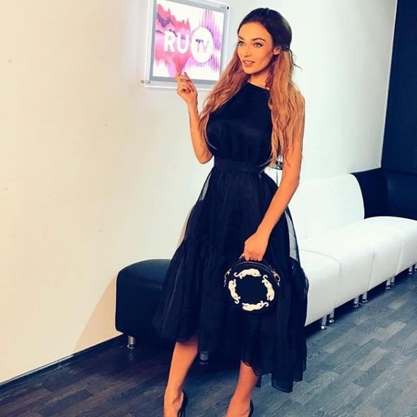 Алёна Водонаева шокировала интернет полным отсутствием чувства стиля