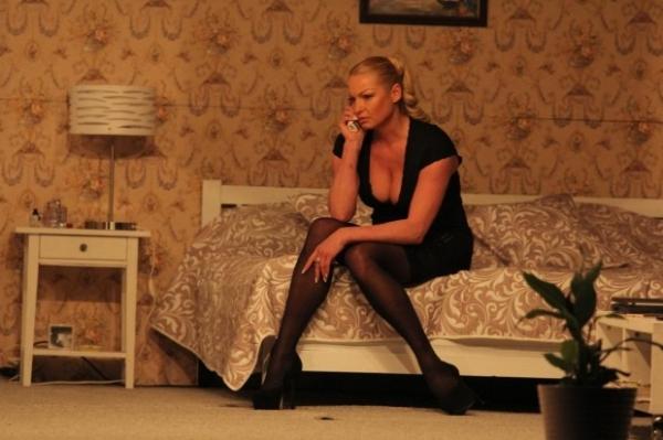 Анастасия Волочкова в комедийном спектакле сыграет танцовщицу, не блещущую умом