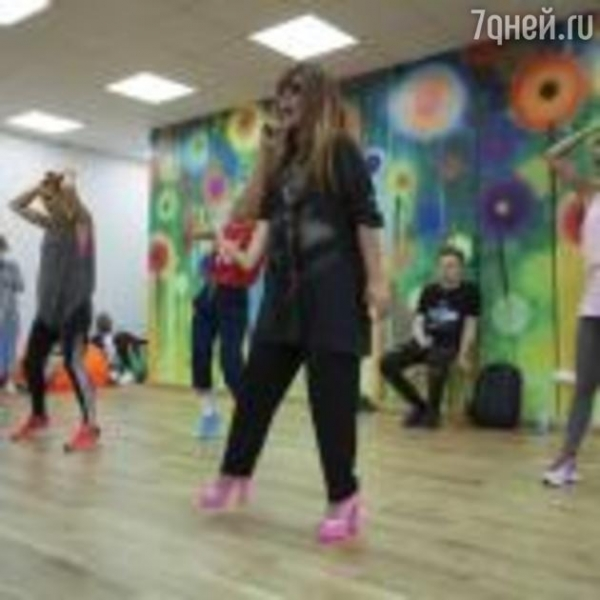 В команду Аницы Цой влился хореограф Бейонсе