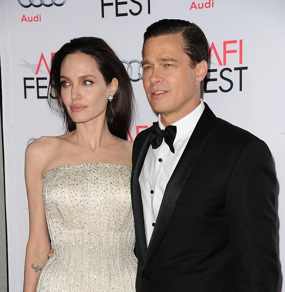 Энистон радуется разводу Джоли
